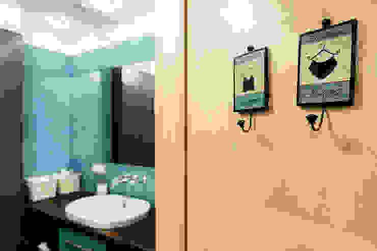 Mieszkanie w centrum miasta Eklektyczna łazienka od Gzowska&Ossowska Pracownie Architektury Wnętrz Eklektyczny