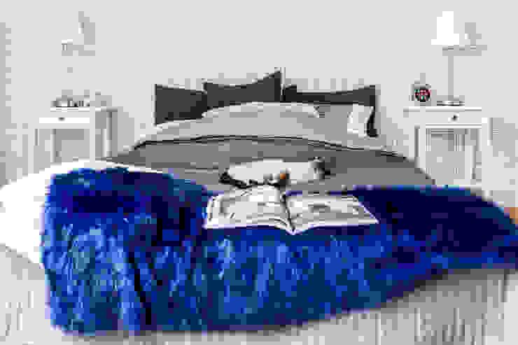 Спальня в стиле модерн от Gzowska&Ossowska Pracownie Architektury Wnętrz Модерн