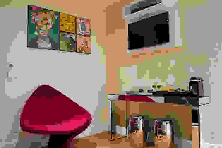 Sala Comercial - Jardim Guedala. Salas de estar modernas por MEM Arquitetura Moderno