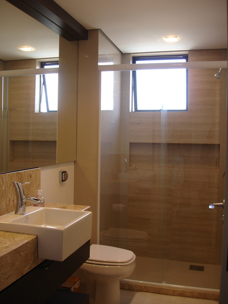 Banho social Banheiros modernos por Manuela Di Giorgio | Arquitetura e Interiores Moderno Cerâmica