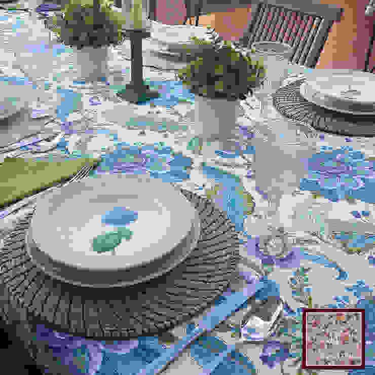 Classic style dining room by Home by TPD 'El Arte de Recibir en Casa' Classic