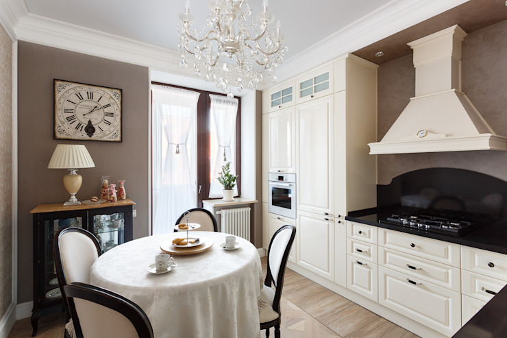 Classic style kitchen by AGRAFFE design Classic