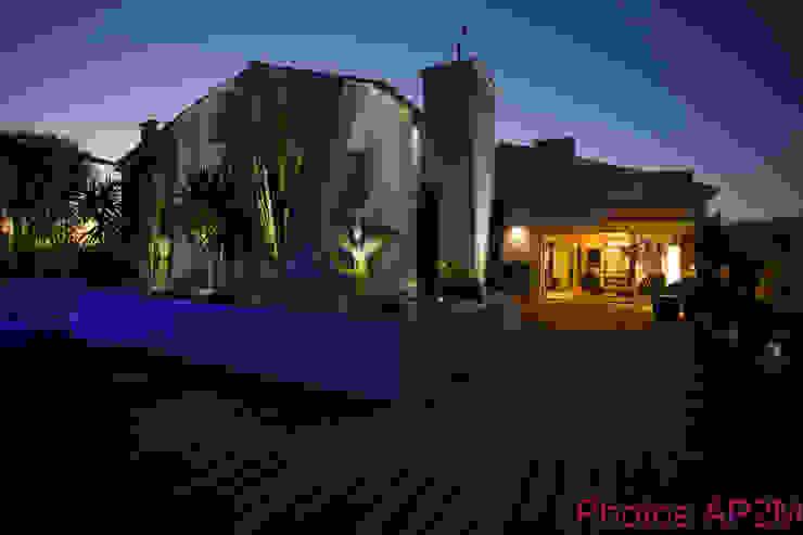 Modern balcony, veranda & terrace by Architecture Nature & Lumière Modern
