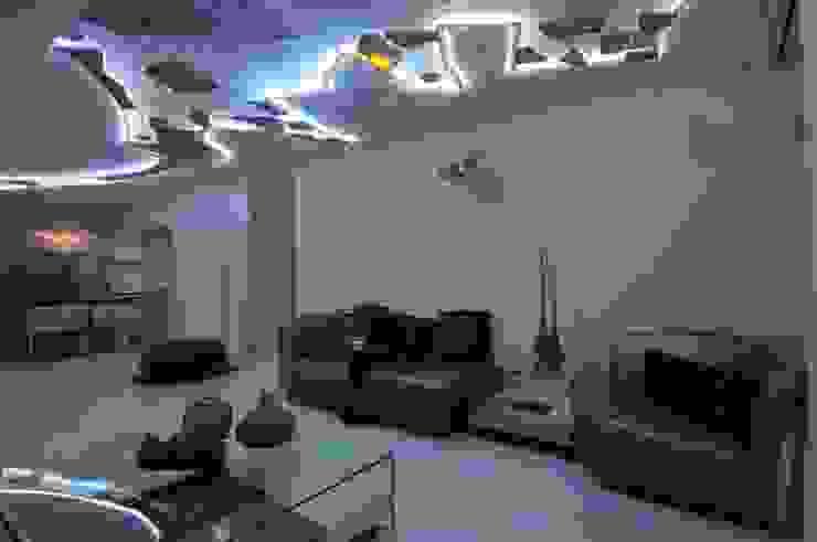 Site at Juhu Modern living room by Mybeautifulife Modern