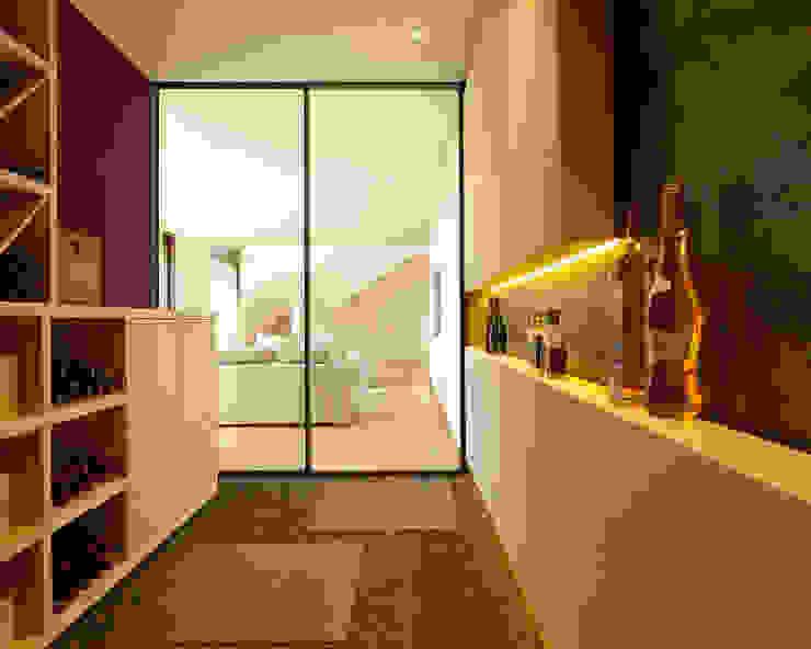 Cave à vin moderne par homify Moderne
