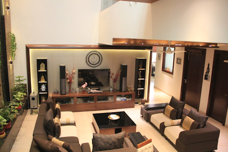 Bansal Residence Modern living room by Studio Ezube Modern