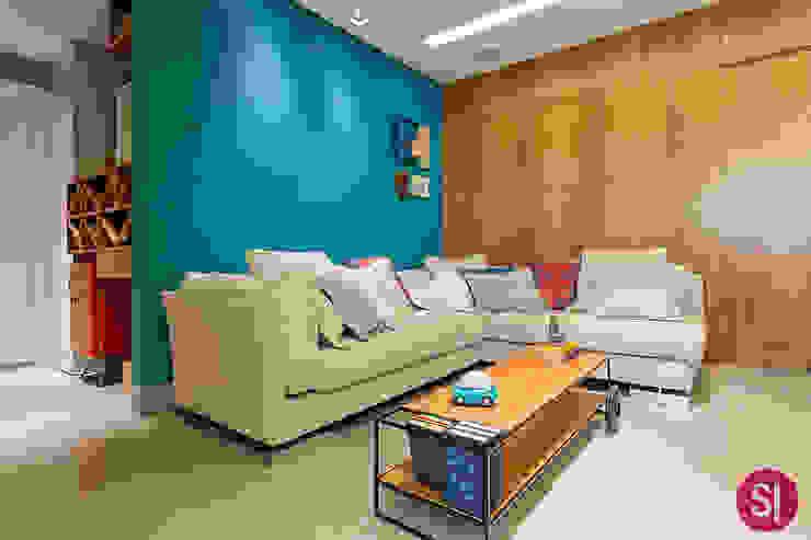 Apartamento CM Salas de estar modernas por Botti Arquitetura e Interiores-Natália Botelho Moderno Madeira Efeito de madeira