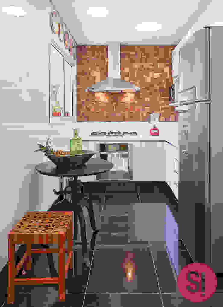 Apartamento CM Cozinhas modernas por Botti Arquitetura e Interiores-Natália Botelho Moderno Tijolo