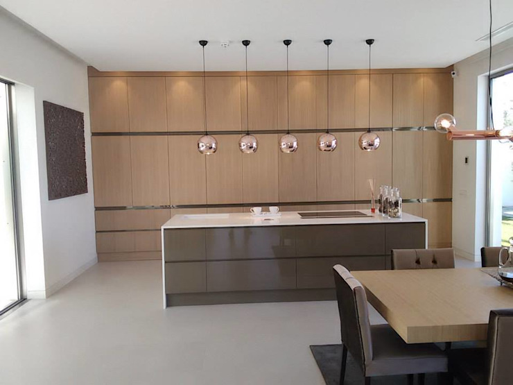 Vivienda Unifamiliar en Colinas Golf, promovida por Marjal Cocinas de estilo clásico de GESTIÓN TÉCNICA DE PROYECTOS PROYECTOS Y OBRAS, SL. Clásico