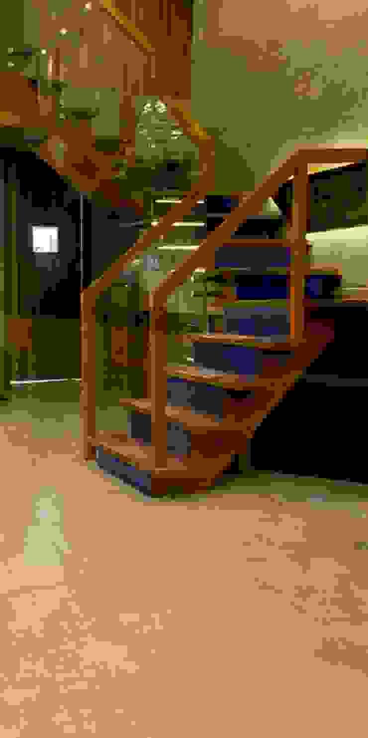 Admission Lounge Modern corridor, hallway & stairs by Studio Ezube Modern