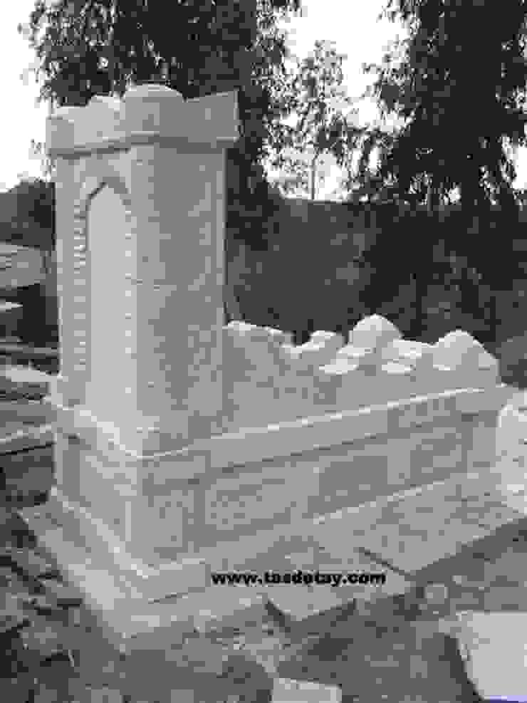 beyaz taş anıt mezar Taş Detay