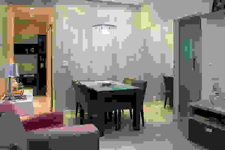 Apartamento em Botafogo Salas de jantar ecléticas por Ana Adriano Design de Interiores Eclético Madeira Efeito de madeira