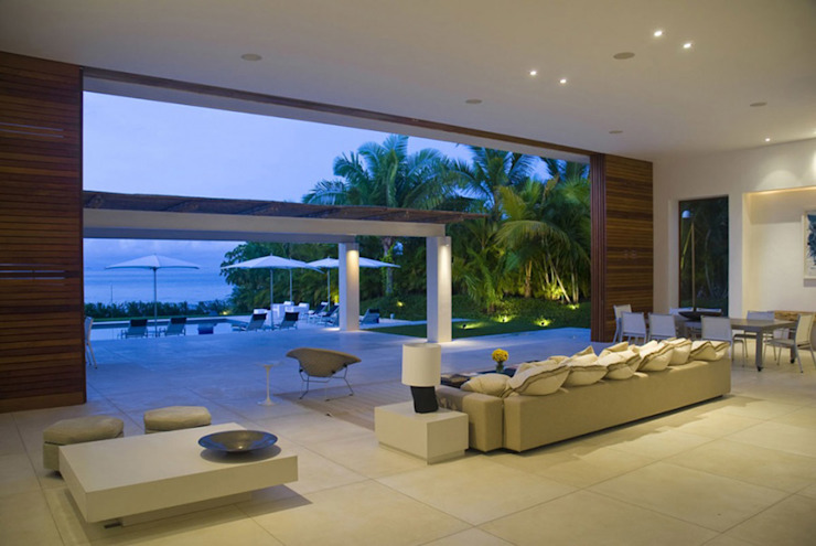 Casa Lunamar: Salas de estilo  por José Vigil Arquitectos , Moderno