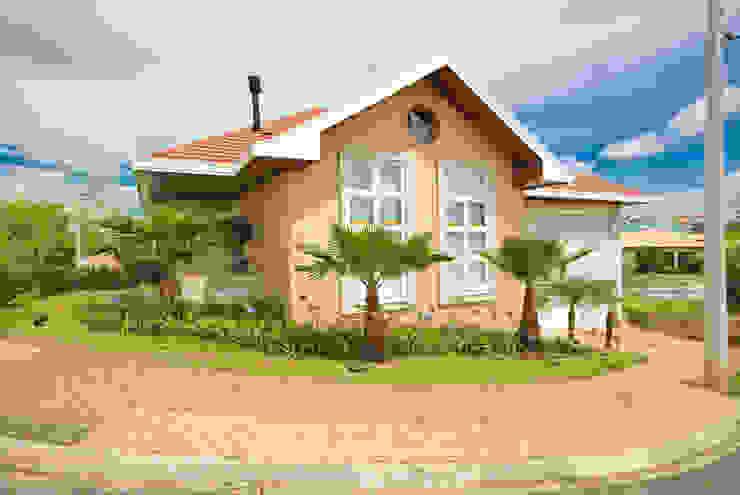 Casa Fbn Casas clássicas por Lozí - Projeto e Obra Clássico