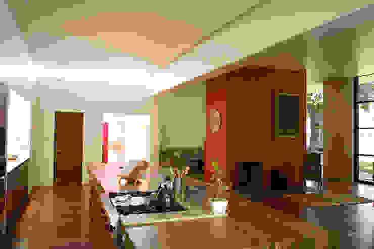 Casa Pedregal Cocinas modernas de José Vigil Arquitectos Moderno