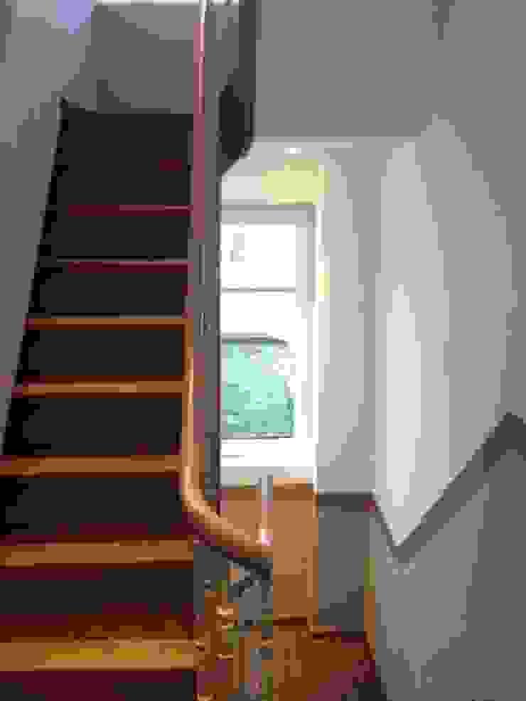 Bureau d'Architectes Desmedt Purnelle Koridor & Tangga Klasik