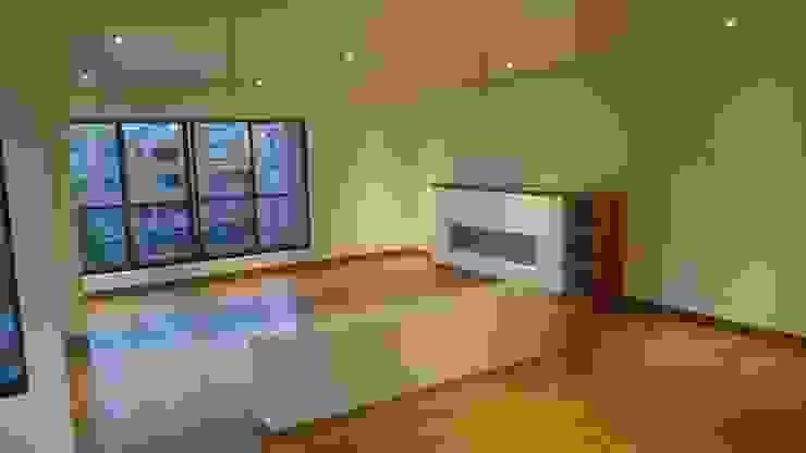 Apartamento RP Salas modernas de AMR ARQUITECTOS Moderno