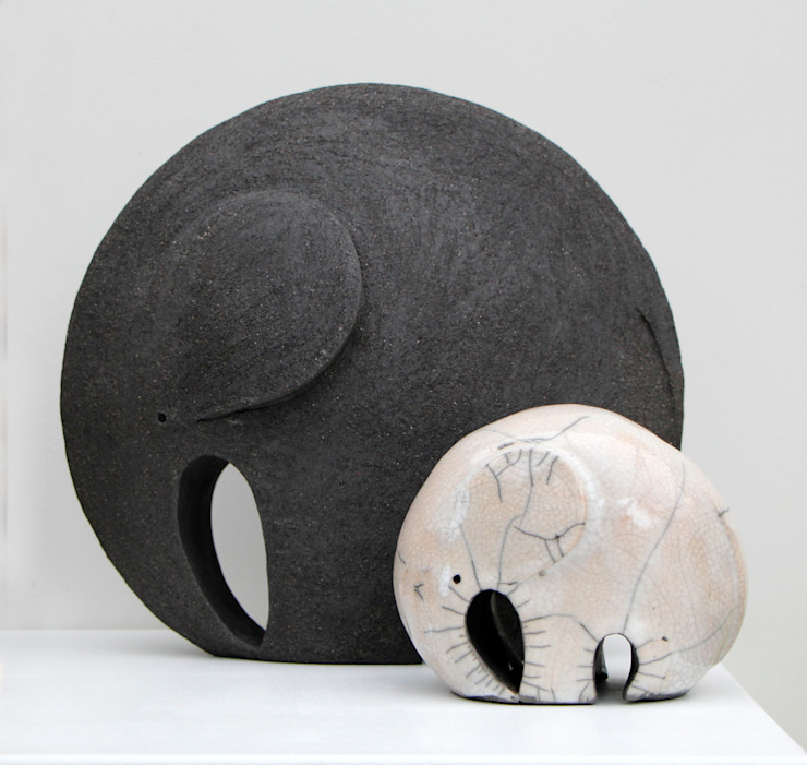 Nathalie Landot ArtworkSculptures Keramik Black