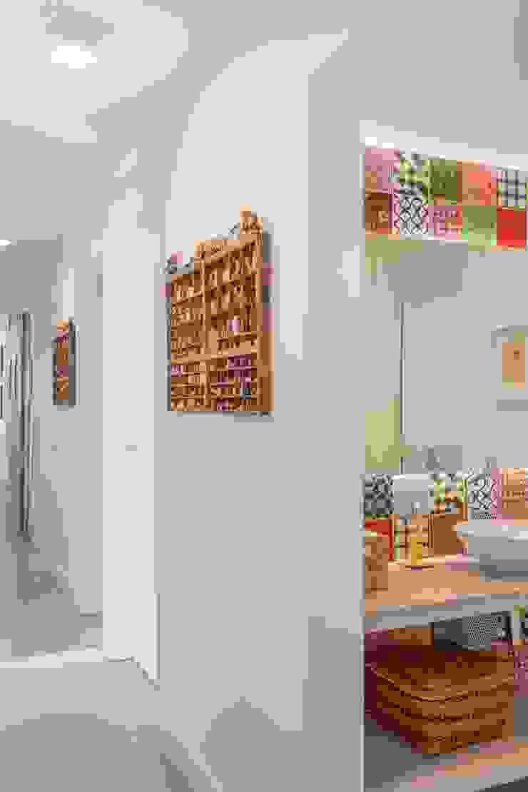 Apartamento do Amigo Calculista Banheiros modernos por Nautilo Arquitetura & Gerenciamento Moderno Concreto