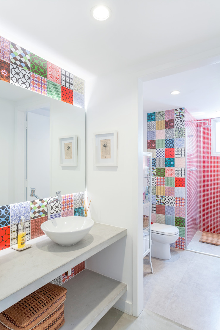 Modern style bathrooms by Nautilo Arquitetura & Gerenciamento Modern Concrete