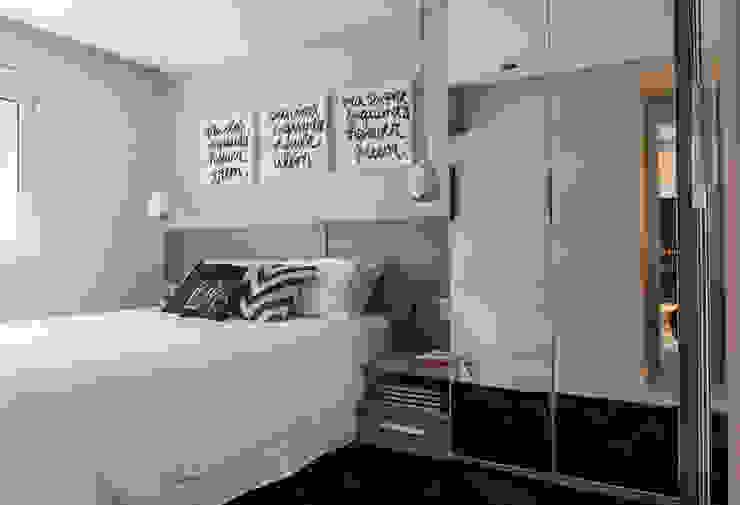 Suite Quartos modernos por Márcio Campos Arquitetura + Interiores Moderno