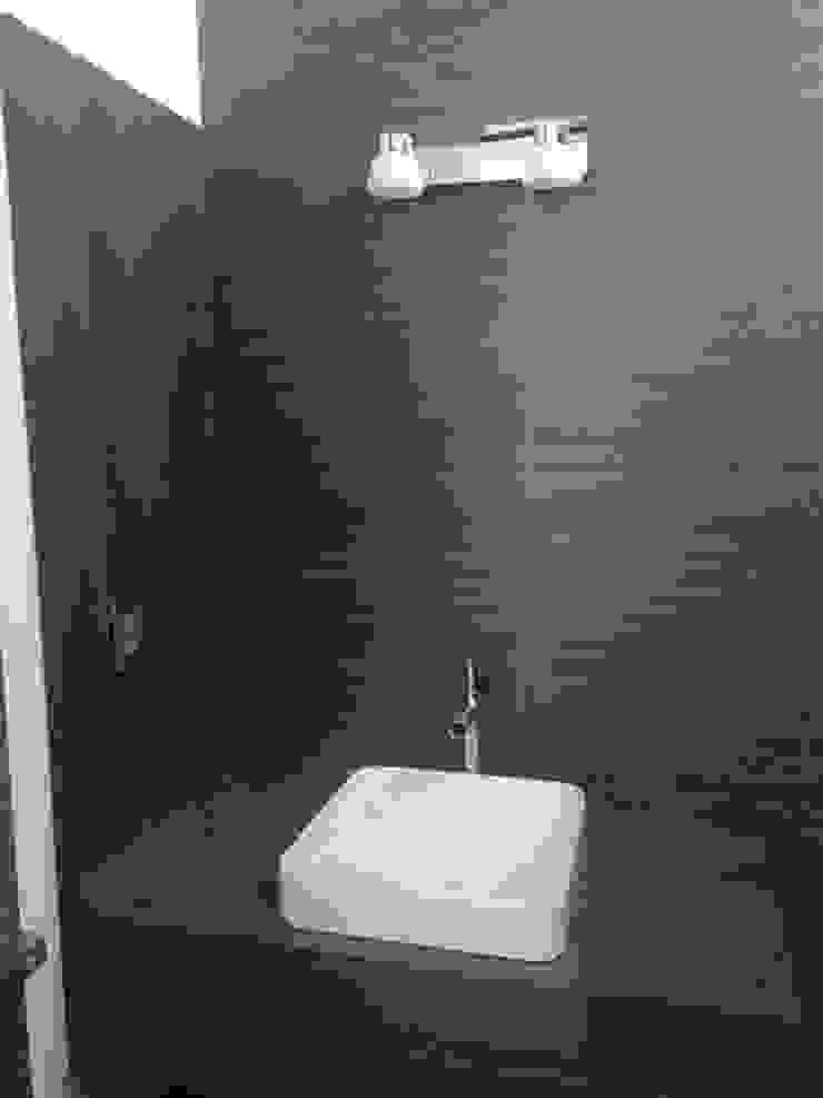 LA RIOJA Baños modernos de Arki3d Moderno
