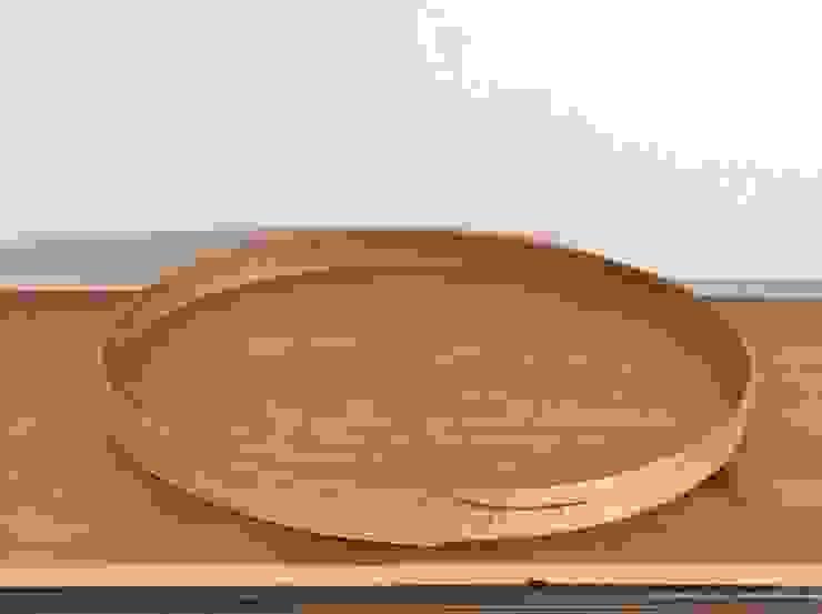 Shaker Oval Trays: Okaluが手掛けたクラシックです。,クラシック