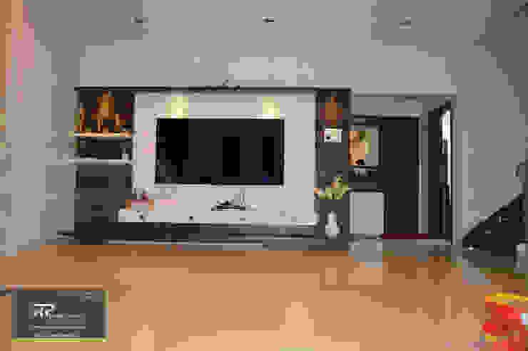 Mr Suhas Ranavde Banglow Project Modern living room by RP Design Studio Modern