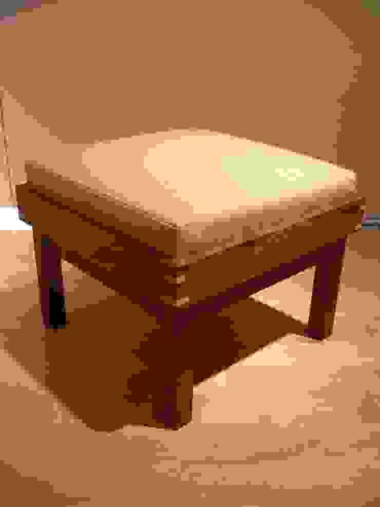 ottoman: Loop order furnitureが手掛けた現代のです。,モダン 木 木目調