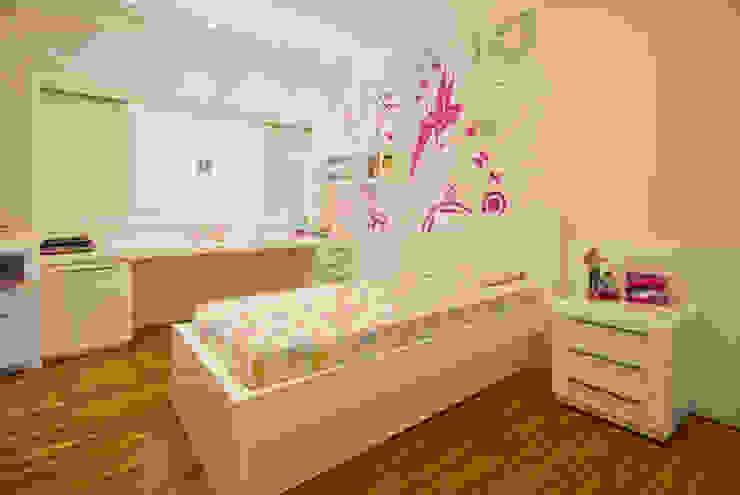 Casa Fbn Quarto infantil clássico por Lozí - Projeto e Obra Clássico