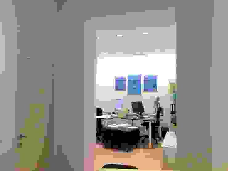 Annexe arrière Bureau classique par Bureau d'Architectes Desmedt Purnelle Classique