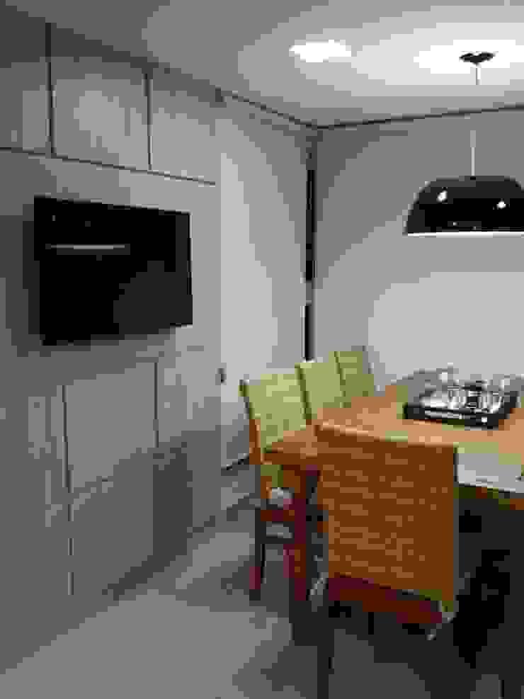 Beatrice Oliveira - Tricelle Home, Decor e Design Balcone, Veranda & Terrazza in stile moderno