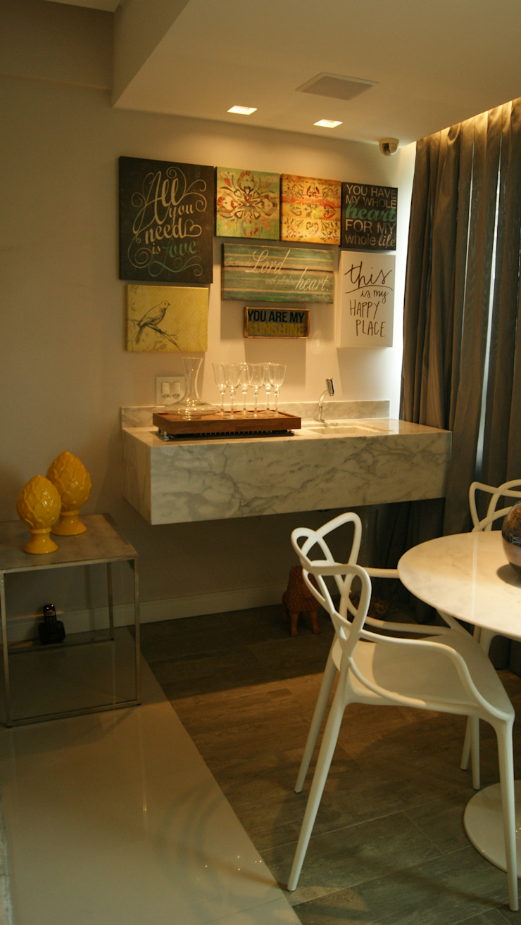 Projeto de ambientação para sala de estar com terraço gourmet Varandas, alpendres e terraços modernos por arquitetura assim Moderno Madeira Efeito de madeira