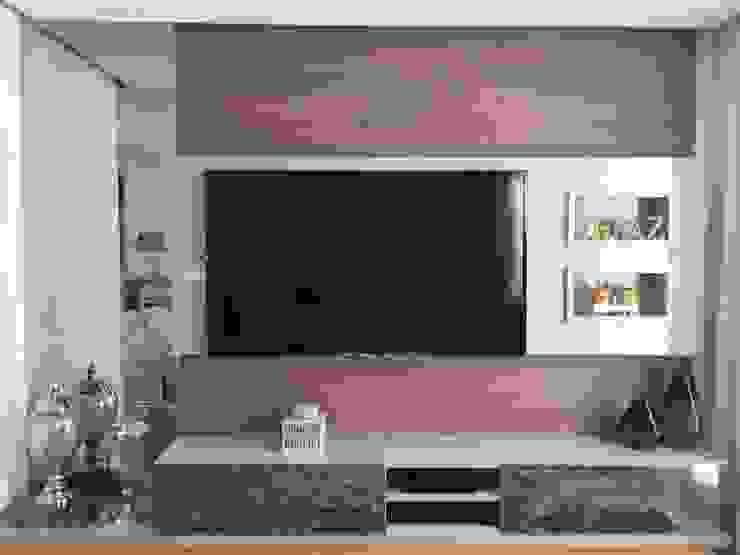 Beatrice Oliveira - Tricelle Home, Decor e Design Modern Living Room