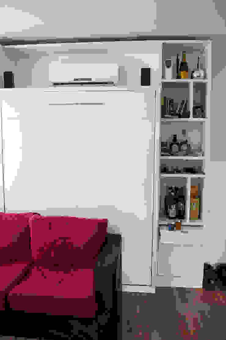 Cama rebatible + biblioteca. Optimización del espacio reducido. de MinBai Minimalista Madera Acabado en madera