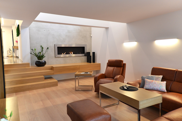 Minimalistyczne wnętrze domu w Janowie Minimalistyczny salon od Pracownia A Minimalistyczny Drewno O efekcie drewna