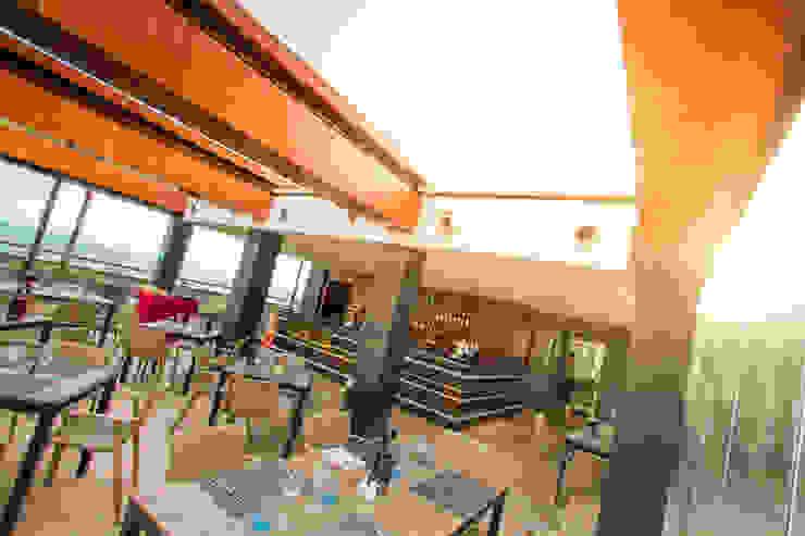 Hotel Four Views Monumental Hotéis modernos por Espaço FA – Arquitetura, Interiores e Decoração Moderno