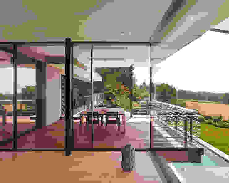 Objekt 329 / meier architekten Moderner Balkon, Veranda & Terrasse von meier architekten zürich Modern