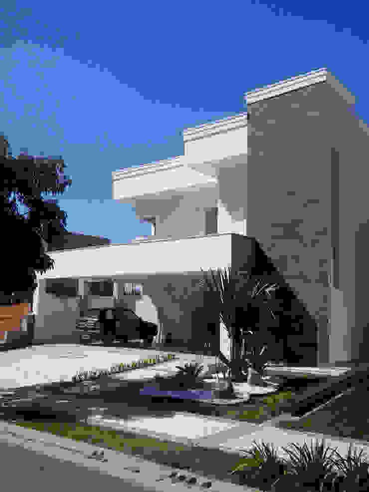 Residencia Carani Casas modernas por Arte Urbana Arquitetura Moderno