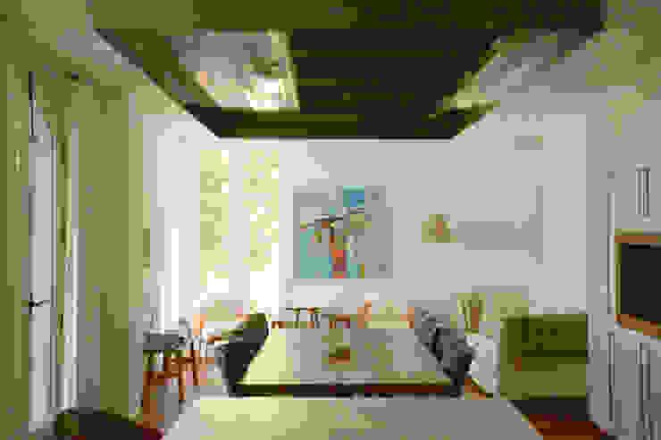 Casa Hazewinkel Cocinas de estilo mediterráneo de Domingo y Luque Arquitectura Mediterráneo Madera Acabado en madera
