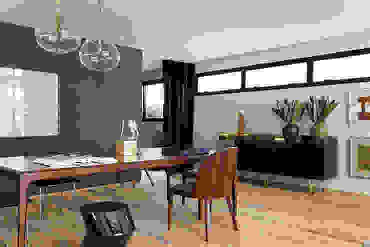 Itacolomi 445 Apartment Salas de jantar modernas por DIEGO REVOLLO ARQUITETURA S/S LTDA. Moderno