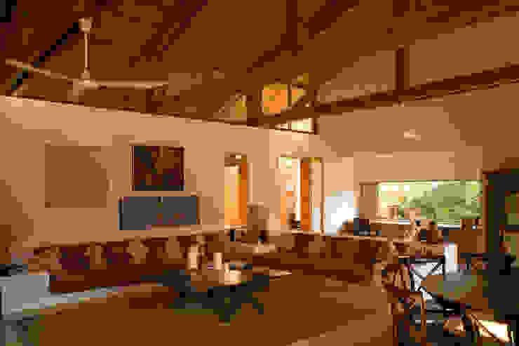 Moderne Wohnzimmer von José Vigil Arquitectos Modern