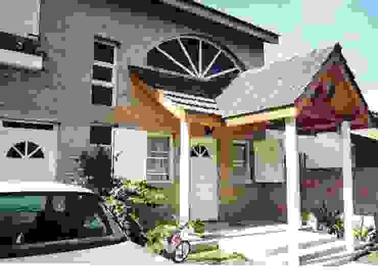Casa en Ituzaingo Casas modernas: Ideas, imágenes y decoración de AyC Arquitectura Moderno