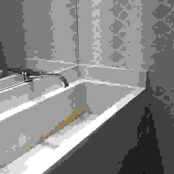 Branca Vieira Arquitetura e Design Modern bathroom Marble Beige
