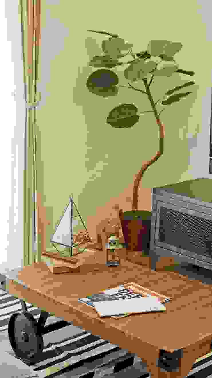 リビングインテリア - 子育てをコンセプトにした住まい「育みの家」 インダストリアルデザインの リビング の ジャストの家 インダストリアル