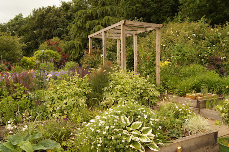 English Country Garden Yorkshire Gardens Rustic style garden