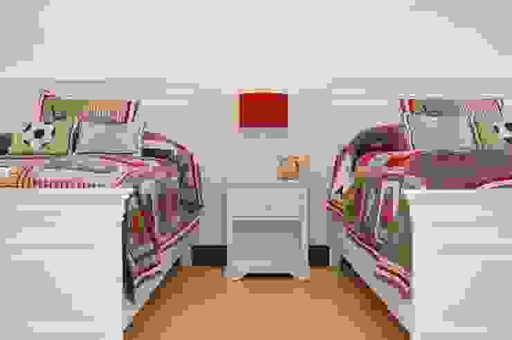 Espacios Armonizados Dormitorios infantiles modernos de I.g.interiorismo.paisajismo Moderno