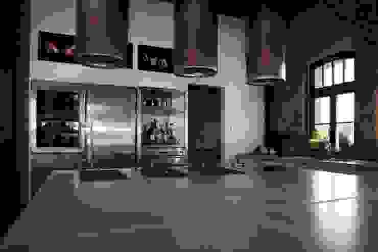 Individual concrete kitchens Betoniu GmbH KitchenCabinets & shelves