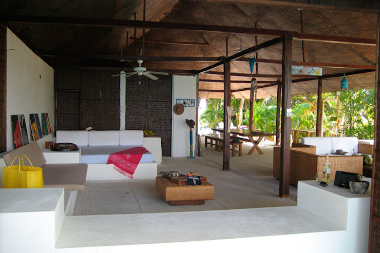 Isla Única Cartagena Balcones y terrazas de estilo tropical de Kubik Lab Tropical