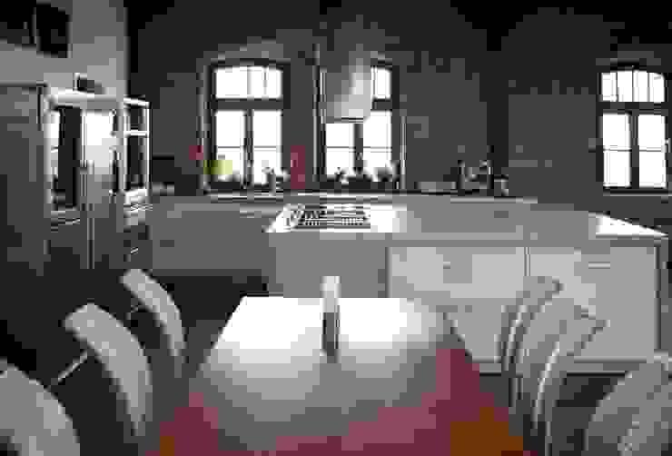 Individual concrete kitchens Betoniu GmbH KitchenBench tops